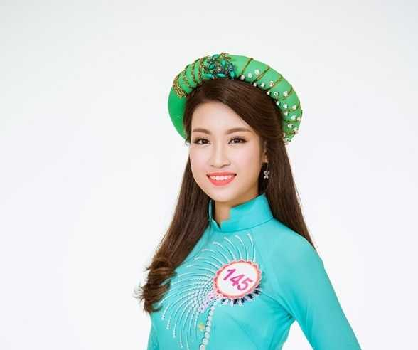 Nhan sac tan Hoa hau Do My Linh duoc bao chi Trung Quoc het loi ca ngoi hinh anh 1