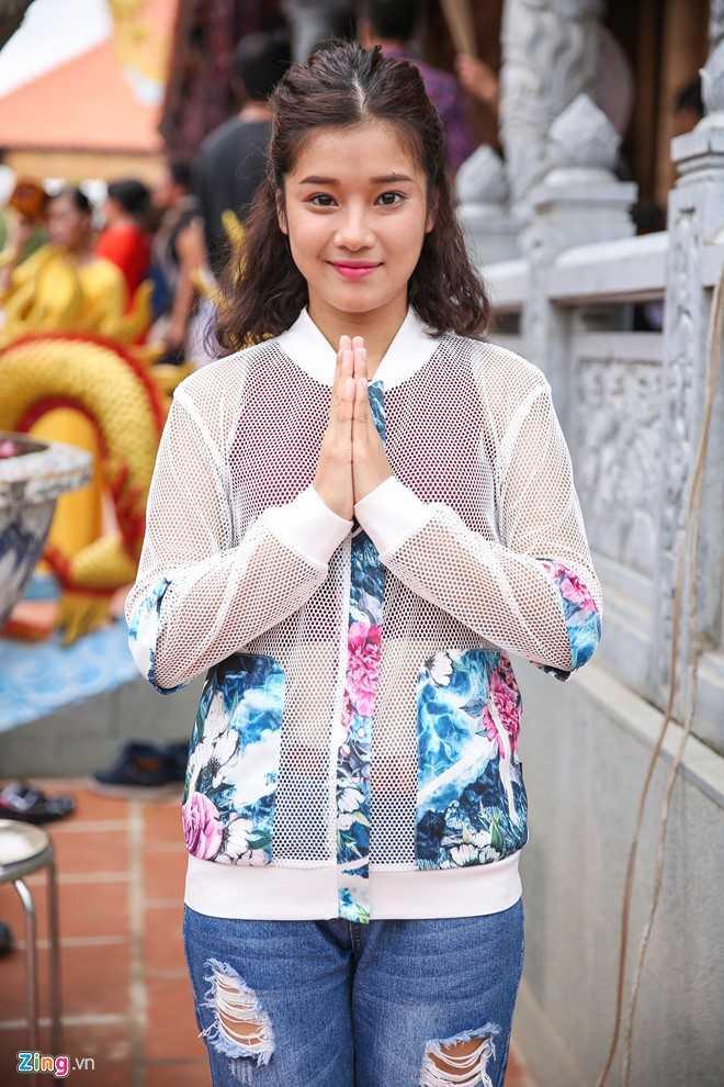 Bo me Hoai Linh tu My ve Viet Nam du le gio To nganh san khau hinh anh 9