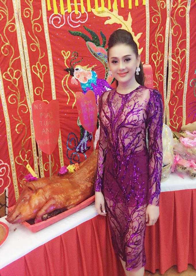 Lam Chi Khanh mac xuyen thau lo noi y di cung To nghe hinh anh 2