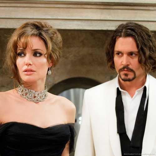 Tron mot tuan ly di Brad Pitt, Angelina Jolie co 'cho dua moi' hinh anh 2