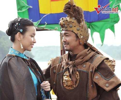 Nhung 'nguoi tinh' noi tieng dep me hon cua Ly Hung hinh anh 15
