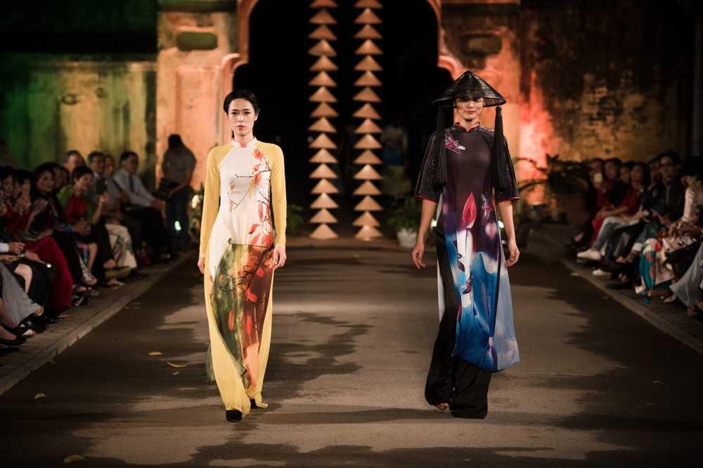 Nha thiet ke Lan Huong theu cong lang Ha Noi len lua du 'Festival Ao dai Ha Noi 2016' hinh anh 6