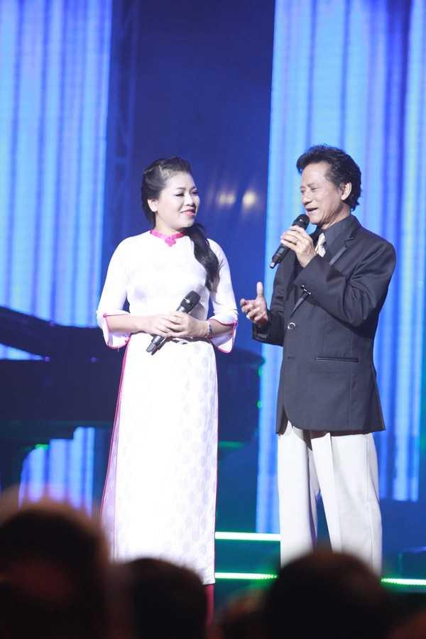 Anh Tho nguong mo Che Linh hon 70 tuoi van hat live tot hinh anh 3