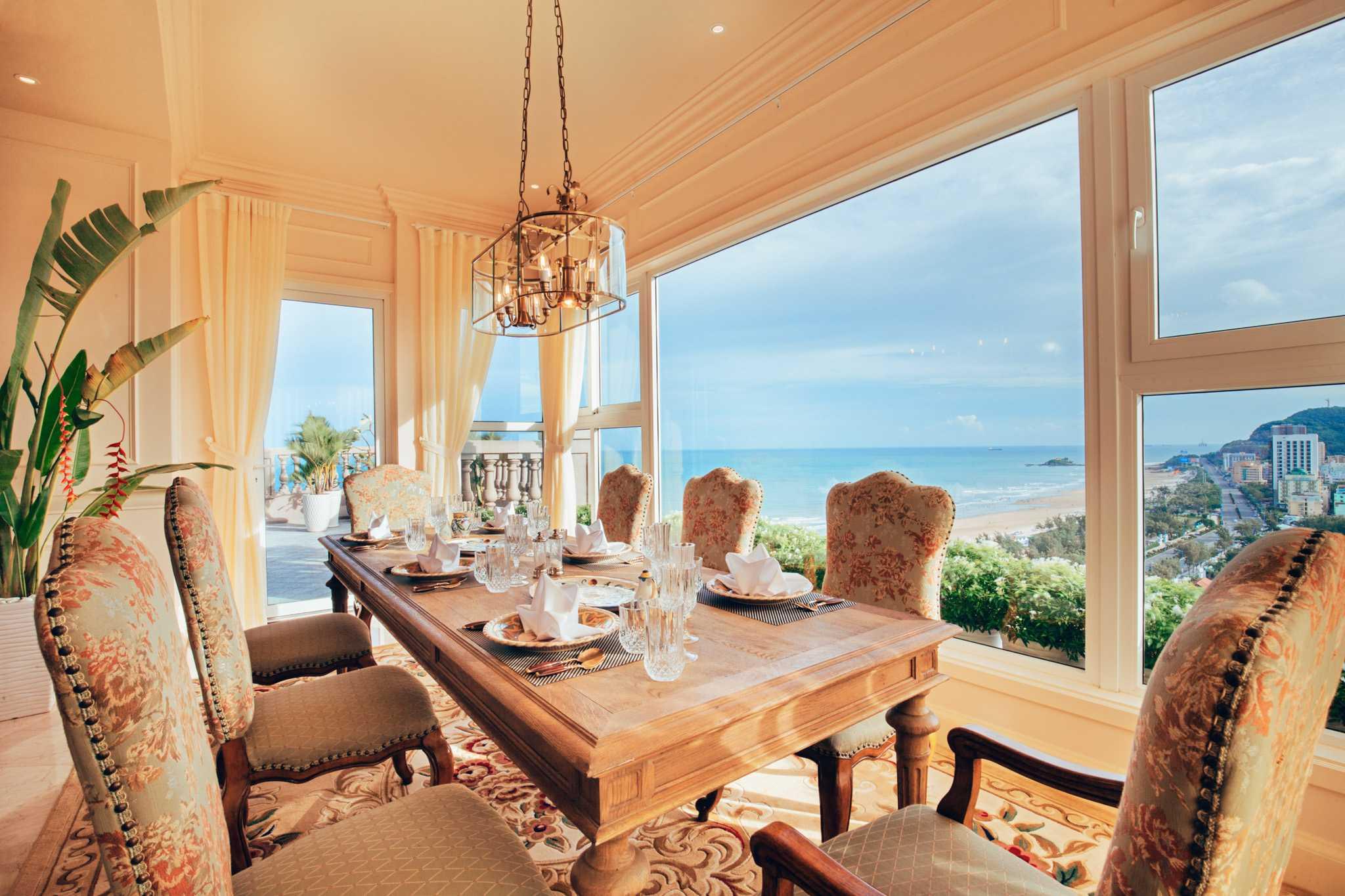 Can canh penthouse trieu USD theo phong cach hoang gia cua hoa hau Ha Kieu Anh hinh anh 6