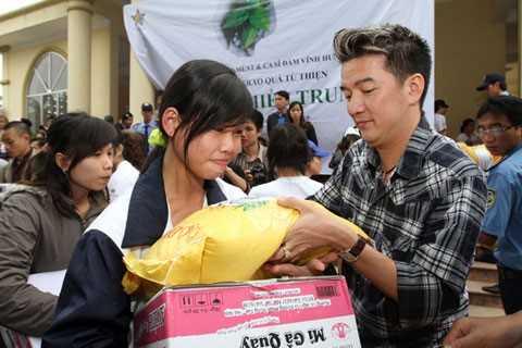 Dam Vinh Hung: 'Noi toi gia tao khi tu thien la nguoi mau lanh' hinh anh 1