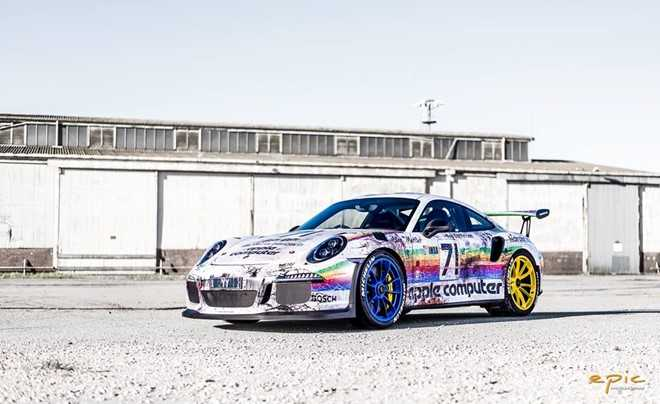 Porsche 911 GT3 RS do theo phong cach may tinh Apple hinh anh 1