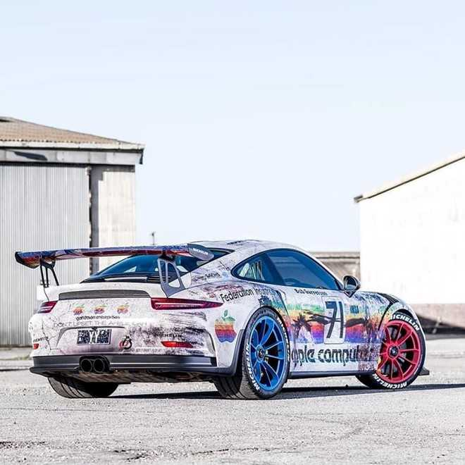Porsche 911 GT3 RS do theo phong cach may tinh Apple hinh anh 2
