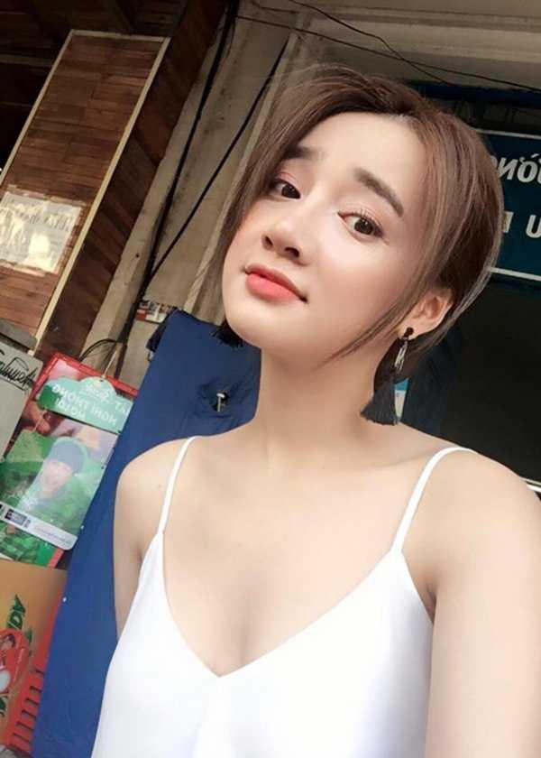 Nha Phuong 'lot xac' tu gai que den my nhan khoe nguc tao bao hinh anh 11
