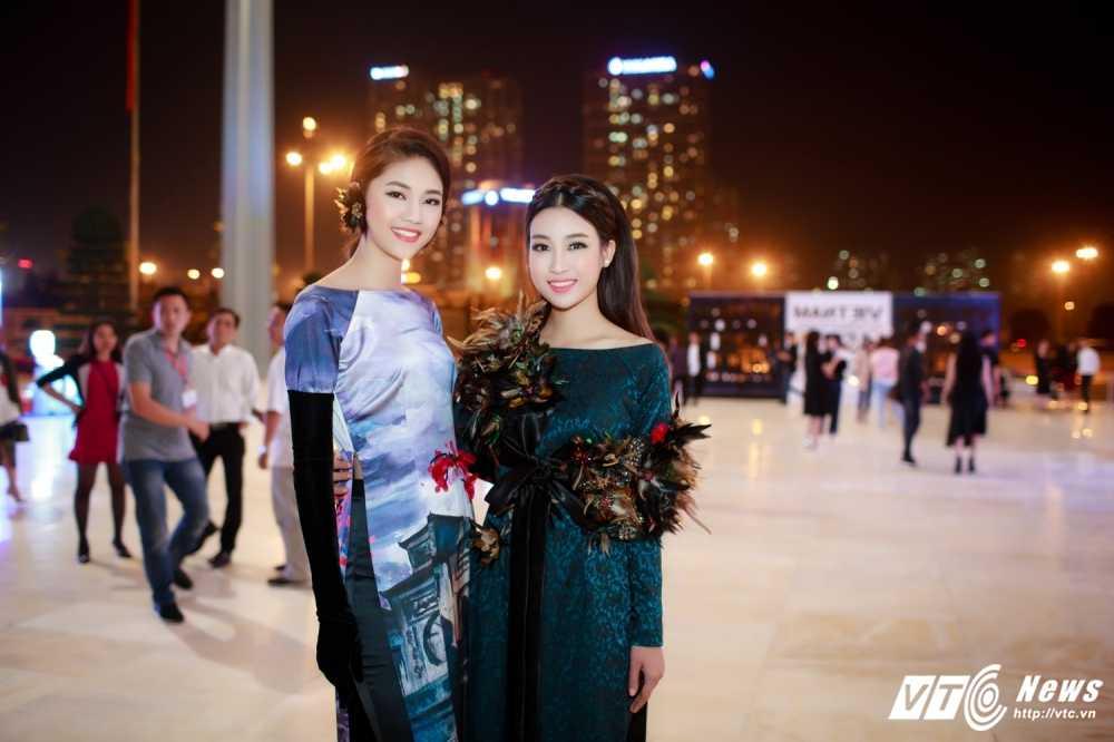 Hoa hau My Linh, A hau Thanh Tu dien ao dai la mat thu hut su chu y hinh anh 3