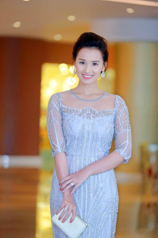 Manh Truong, La Thanh Huyen, Hong Dang, Tu Anh, Ngoc Han hoi ngo trong su kien hinh anh 5