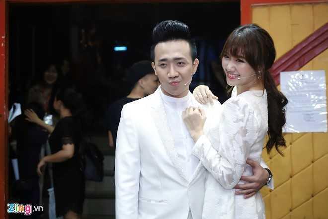 Hari Won va Tran Thanh se lam dam cuoi ngay 25/12 hinh anh 1