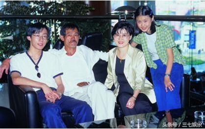 Cao thu phim 'Tuyet dinh Kung Fu' ngheo nhat showbiz hinh anh 3