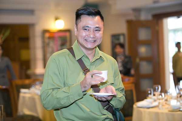Tu Long thu nhan: Toi nhin Xuan Bac nhu nhin com song hinh anh 1