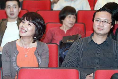 Chuyen chong con it nguoi biet cua BTV Ta Bich Loan, Tung Chi, Diem Quynh hinh anh 4