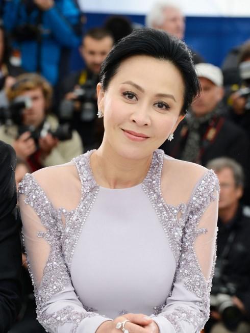Luu Gia Linh tung bi nguoi tinh ep dong phim cap 3 hinh anh 1