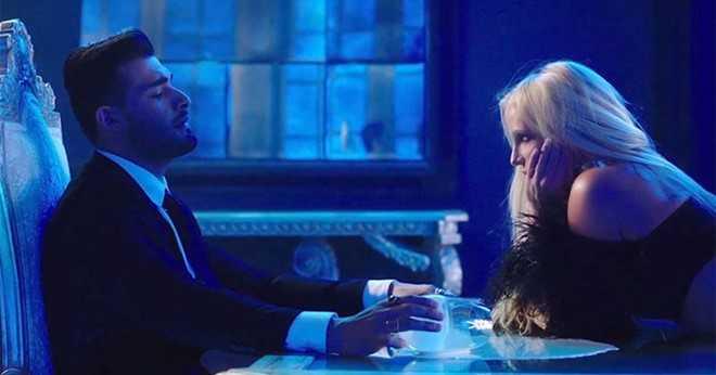 Britney Spears lan dau tiet lo ve ban trai kem 13 tuoi hinh anh 1