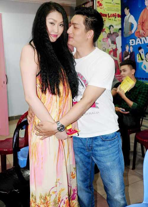 2 nam yeu nhau on ao cua vo chong Phi Thanh Van hinh anh 8