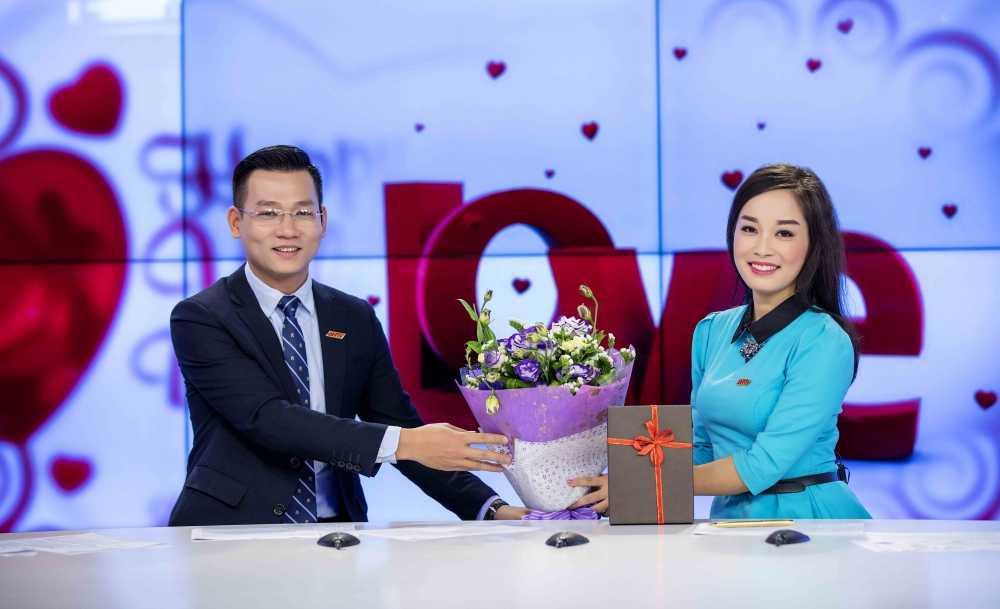 Minh Huong 'Nhat ky Vang Anh' tu tay chuan bi qua cho chong ngay Valentine hinh anh 5