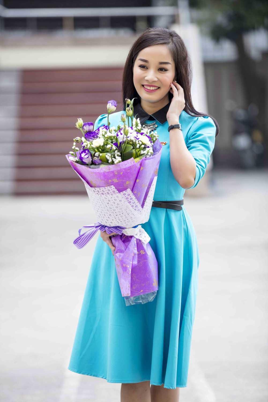 Minh Huong 'Nhat ky Vang Anh' tu tay chuan bi qua cho chong ngay Valentine hinh anh 3