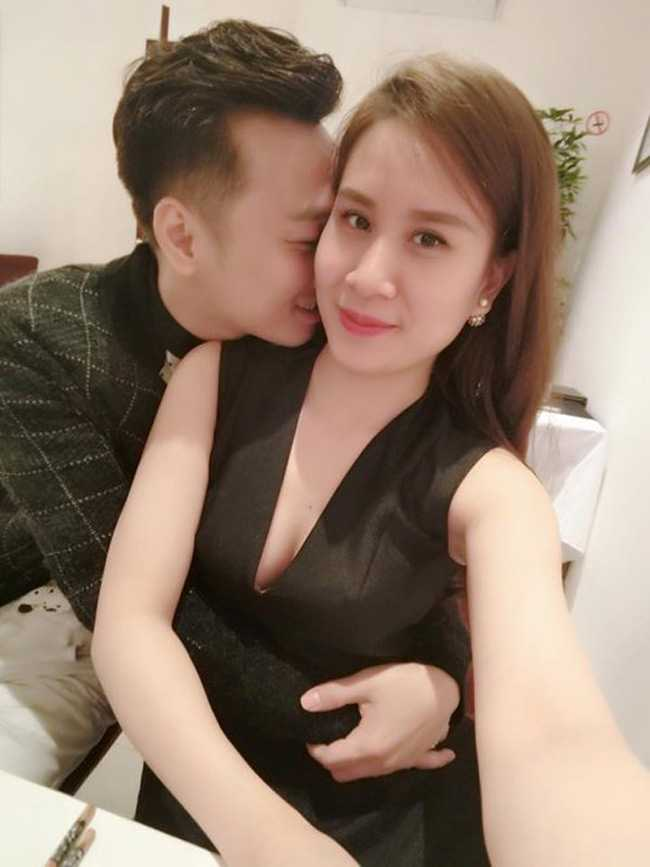 Chi vo 2 sexy moi bien MC Thanh Trung thanh nguoi dan ong the nay hinh anh 4
