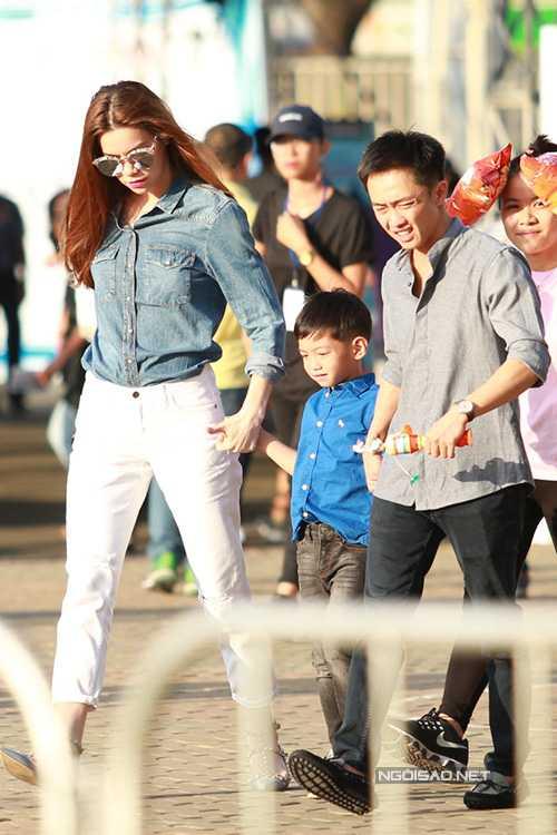 Nhung lan Ha Ho 'tai hop' voi Cuong Do la vi con trai hinh anh 7