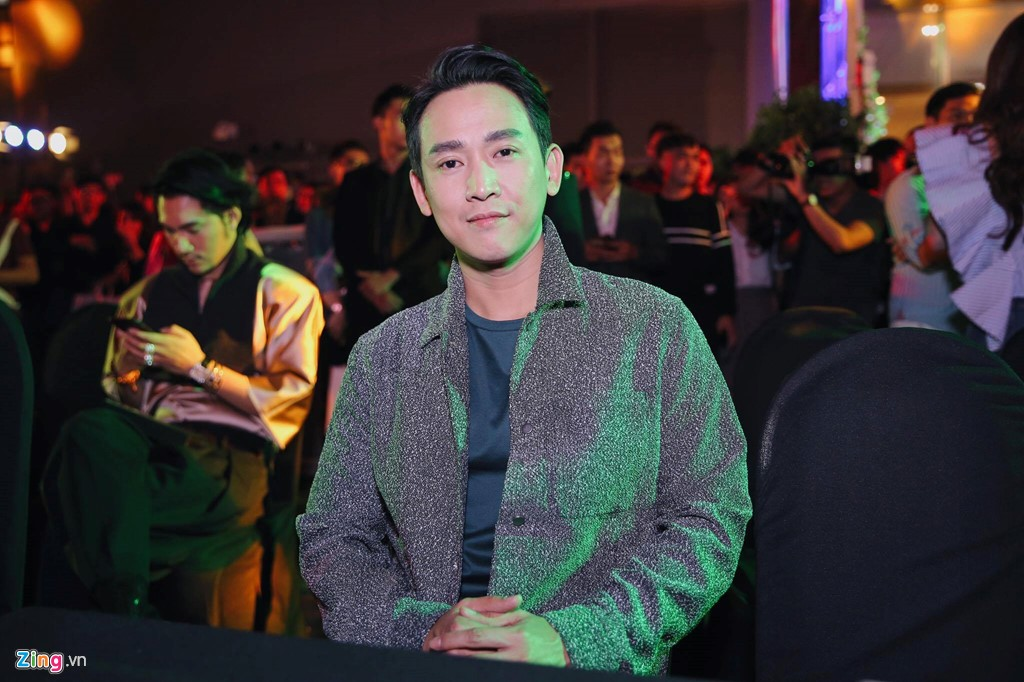 Chay rui san khau ra mat 'Kong: Skull Island': Ho Ngoc Ha va dan sao Viet chay tan loan hinh anh 10