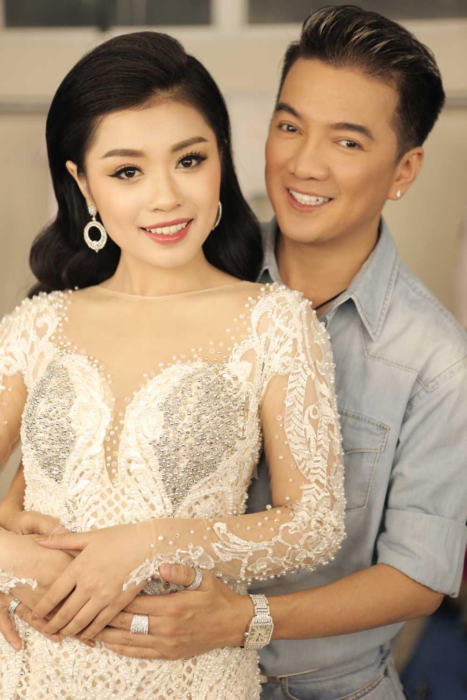 Dam Vinh Hung tinh tu ben Sao Mai Thu Hang hinh anh 3