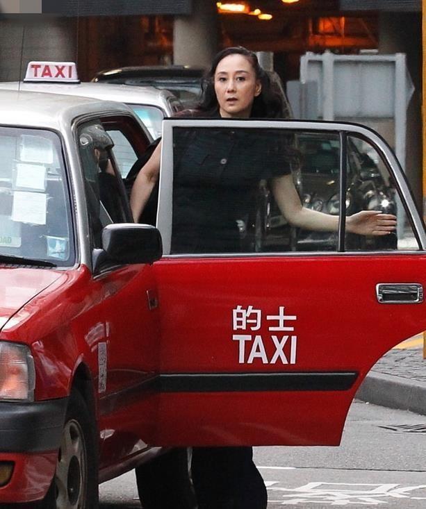 Vo Ly Lien Kiet bi cam ve Hong Kong vi tung la bo nhi vua song bac? hinh anh 3