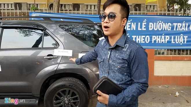 Ong Doan Ngoc Hai ra lenh niem phong xe cua Quach Tuan Du hinh anh 1