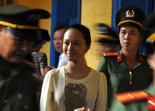 Hoa hau Phuong Nga van bi cao buoc lua dai gia 16,5 ty dong hinh anh 2