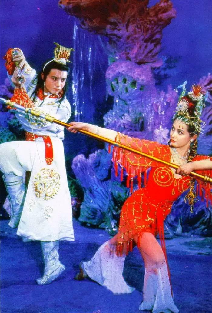 Tay du ky 1986: Cat xe Bach Long Ma cao ngat khien Ton Ngo Khong 'khoc thet' hinh anh 6