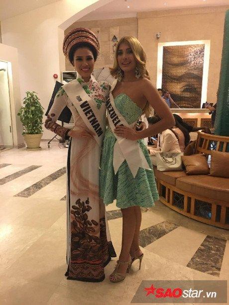Nguyen Thi Thanh chinh thuc giai nghe sau 'Miss Eco International 2017' hinh anh 7