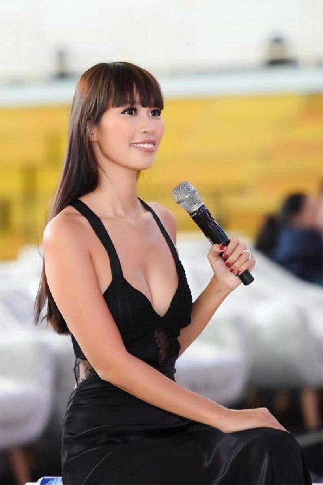 Mai Phuong Thuy hay Toc Tien moi dan dau mot quen mac noi y? hinh anh 13