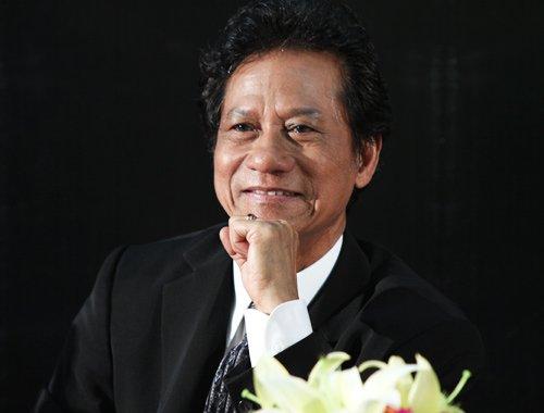 Che Linh lan dau ke ve nhung bong hong trong sang tac cua minh hinh anh 1