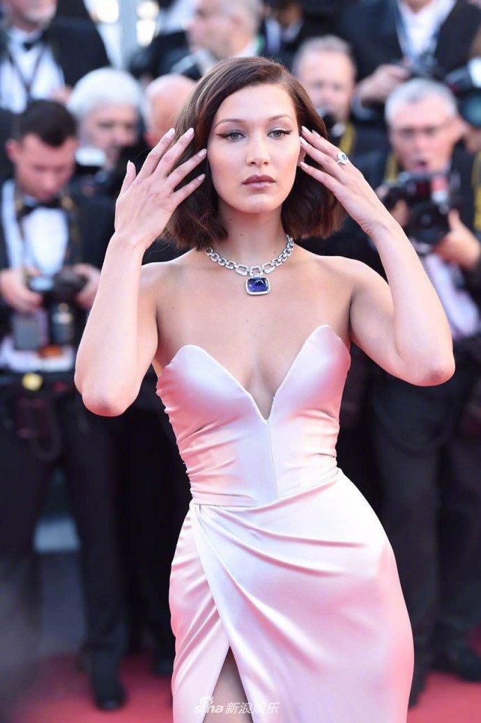 Pham Bang Bang mo nhat giua dan sao lon tren tham do Cannes hinh anh 1