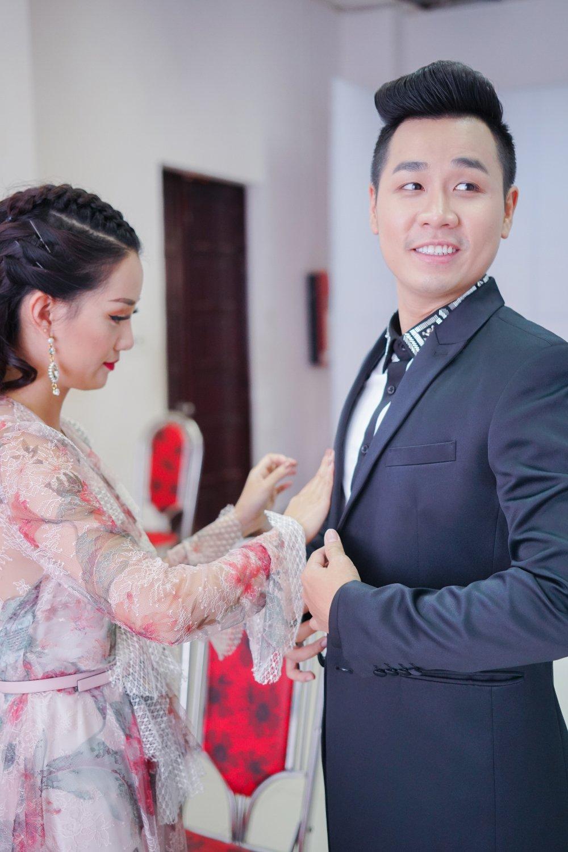 MC Nguyen Khang tinh tu, dua don Quynh Chi bang xe BMW hinh anh 8