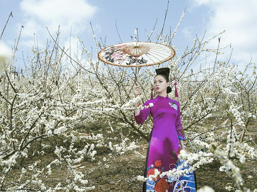 An tuong voi bo suu tap ao dai 'Mua hoa' mang phong cach Nhat Ban hinh anh 15