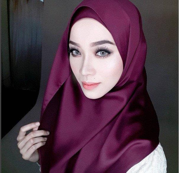 Co giao nguoi Malaysia tre dep 'an dut' ca hot girl hinh anh 4