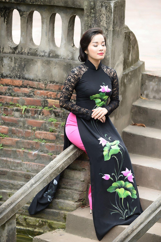 Minh Huong 'Nhat ky Vang Anh' dam tham voi ao dai truyen thong hinh anh 7