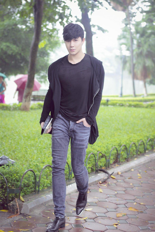 Nathan Lee bi fans 'vay' o bo Ho Ha Noi hinh anh 1