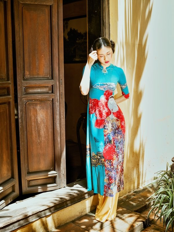 New York Couture Fashion Week 2017: Gap go nguoi ¼ the ky quang ba ao dai Viet hinh anh 10