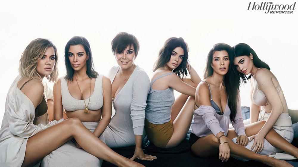 Gia dinh Kim Kardashian: De che trieu USD bat dau tu cuon bang sex hinh anh 2