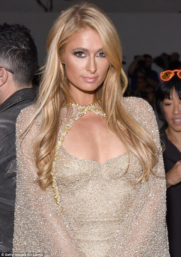 CEO Elise Luu Nga ngoi cung hang Paris Hilton xem thoi trang tai New York hinh anh 5