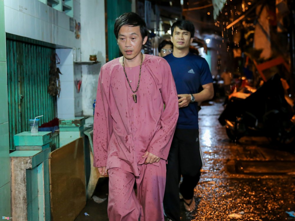 Danh hai Hoai Linh den tu biet nghe si Khanh Nam luc 1h sang hinh anh 2