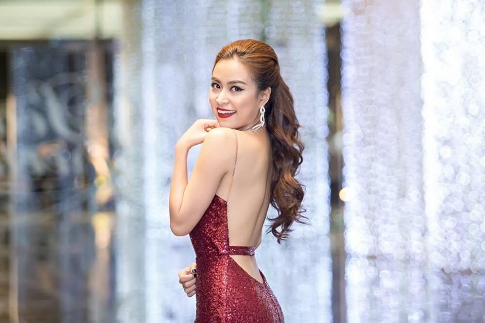 Lot xac tu 'Vang Anh' gian di, Hoang Thuy Linh theo duoi phong cach cuc sexy hinh anh 7