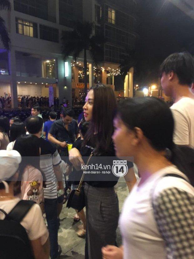 Video: Ban gai moi cua Cuong Do la dua Subeo di choi Trung thu hinh anh 2