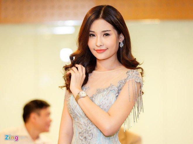 Bac si phau thuat tham my: 'Hoa hau Dai duong da lam mui, chinh he xuong ham' hinh anh 1