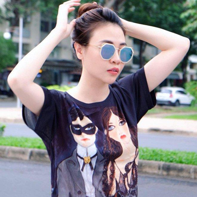 Cuong Do La choi dan piano tang ban gai moi Dam Thu Trang hinh anh 2