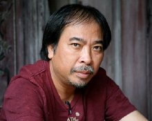 Nha van Nguyen Quang Thieu: Con me dam thit chuot, thit cho, tiet canh, duong den the gioi van minh con vo tan hinh anh 3