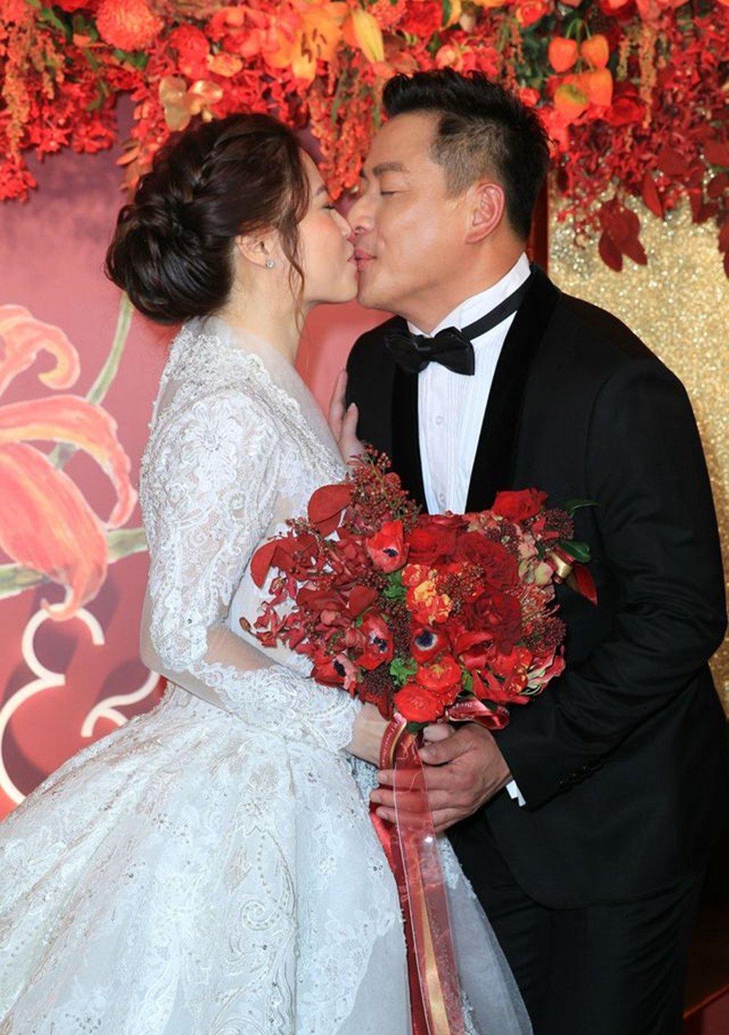 Le cuoi tai tu 'Bao Thanh Thien' gap su co vi vay co dau bi chay hinh anh 5